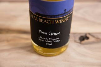 2016 Pinot Grigio Runway Vineyard Santa Maria Valley Image